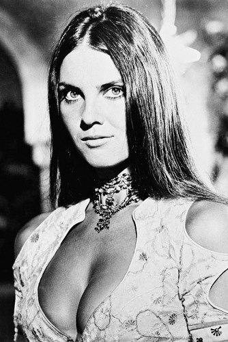 "Former Bond Girl Caroline Munro featuring in new Videoclip ""Turpin"""